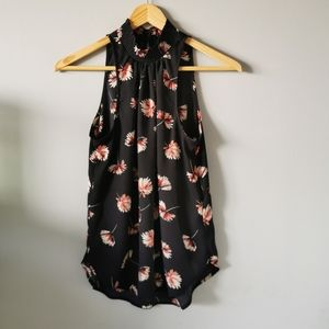 🌻3/$25🌻Dynamite Floral Halter Sleeveless Top